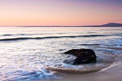 Praia do Vilar (David GP) Tags: ocean sunset sea praia beach mar sand rocks playa atlantic galicia galiza lee area polarizer ribeira atlntico vilar postadesol ocano solpor rochas gnd corrubedo heliopan singhray ocano leeholder atlntico