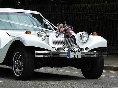 voiture d mariée.jpg