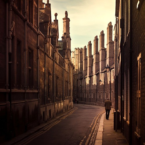 Cuba Gallery: England / Cambridge / natural light / buildings / people / vintage / photography