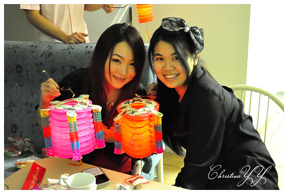 Mid-Autumn Festival 2010: Cynthia and I