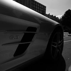 SLS. (LmW/FvR) Tags: paris berlin london mercedes benz hotel george stuttgart v avenue sls amg