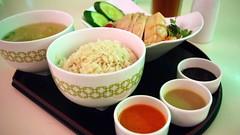 Hainanese chicken rice at Chatterbox - Singapore (Matt@PEK) Tags: singapore pentax mandarinorchard meritus hotel