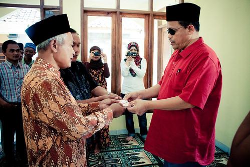 2 Hari Bersama Dato Shahidan Kassim :: Sumbangan untuk membina masjid baru::