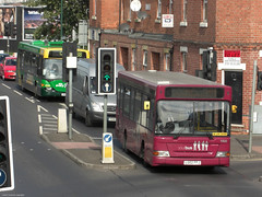 Vernon Road, Basford, Nottingham (Lady Wulfrun) Tags: nottingham bus buses crossing traffic diamond signals nct basford 1505 noots y81 yourbus 21sept10 lg02ffj