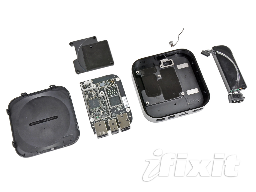 iFixit Apple TV 2nd Generation Teardown 24