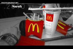 mcd0nalds (Sarah Altamimi) Tags: red love sarah it mcdonalds blackandred
