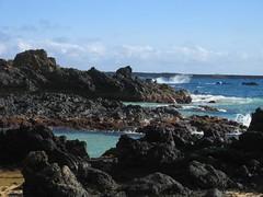 Lava Inlet Makena Cove (stu_macgoo) Tags: ocean hawaii lava waves view maui makena makenacove