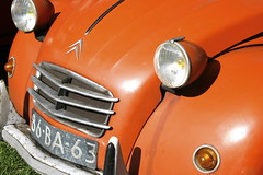 vraiment orange (Jesper2cv) Tags: auto orange car 1974 citroen az voiture 2cv headlight ente phare eend oranje geit typea scheinwerfer deuche 2cv4 atype koplamp tinsnail 86ba63
