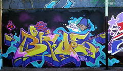 Bros (Aple76) Tags: