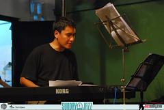 Riza-Arshad-Trio--Sunday-Jazz-October-2010 (14)