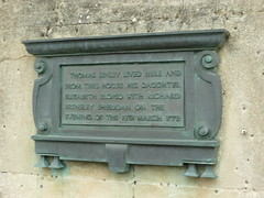 Photo of Thomas Linley, Elizabeth Anne Linley, and Richard Brinsley Sheridan bronze plaque