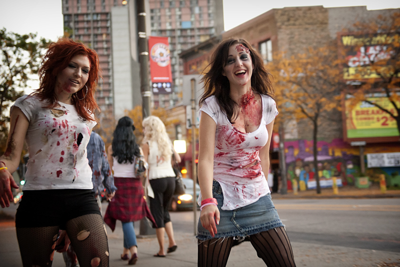 Zombie Pub Crawl VI
