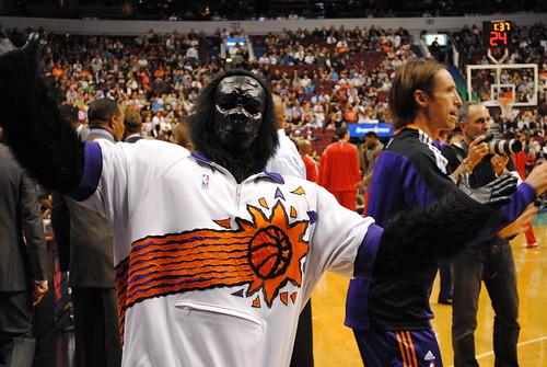 Suns Gorilla, Steve Nash