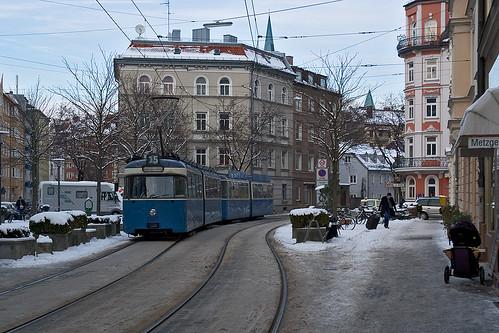P-Wagen 2021 überquert den Genoveva-Schauer-Platz