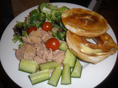 Toasted bagel with tuna salad