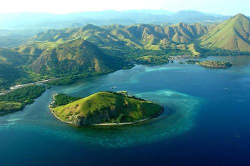 Komodo Island Tour Indonesia