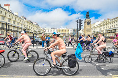 Brighton in the Summer (Le monde d'aujourd'hui) Tags: wnbr worldnakedbikeride brightonwnbr brighton world naked bike ride cyclists nude street cycling streets sussex june 2017 england summer