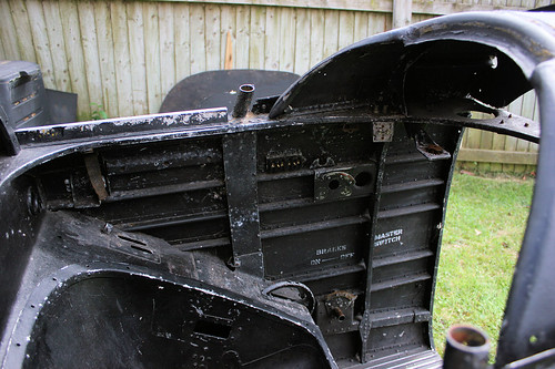 Front Cockpit Port