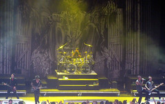 Avenged Sevenfold. (xx h a i l e y b e a n) Tags: mike metal matt drums shadows christ bass guitar gates banner singer johnny fest heavy mayhem portnoy avenged sevenfold synyster deathbat zackyvengeance