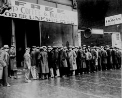 soup line, Chicago, 1931 (US National Archives)