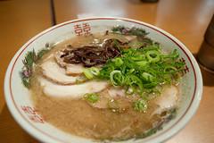 20100422-_DSC0675 (akim_hobo) Tags: japan dinner iso800 nikon n shift ramen noodle 24mm nikkor 35 tilt lightroom hakata f35 pce 24mmf35 1125sec d700 nikond700