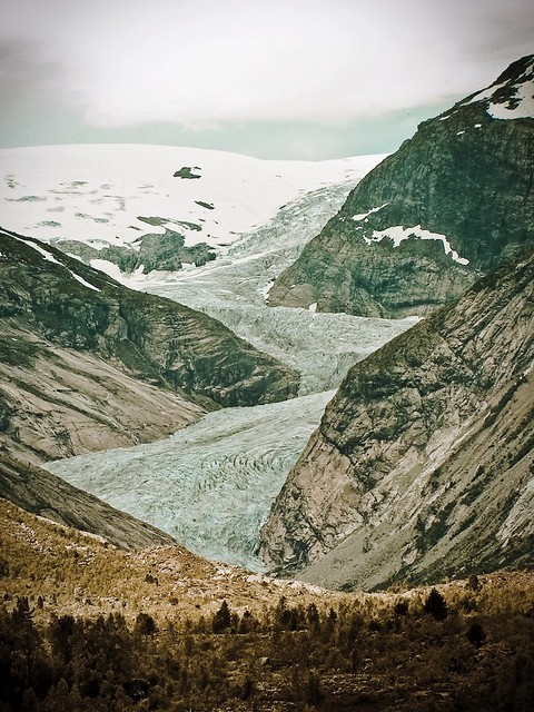 Glacier licking earth