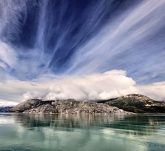 8 giorno - Glacier Bay (peo pea) Tags: sea reflection ice alaska clouds bay nuvole mare glacier riflessi ghiaccio ghiacciaio idream colorphotoaward micarttttworldphotographyawards micartttt michaelchee