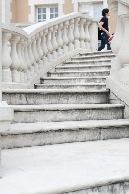 純白の階段