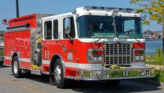City of New London Engine 11 (KCzarzasty) Tags: county new city rescue london fire engine ladder department tanker apparatus spartan pumper rosenbauer