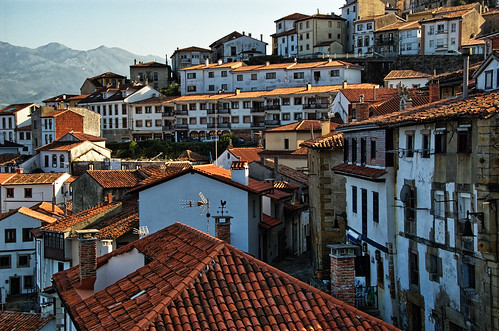 Lastres by Neticola, on Flickr