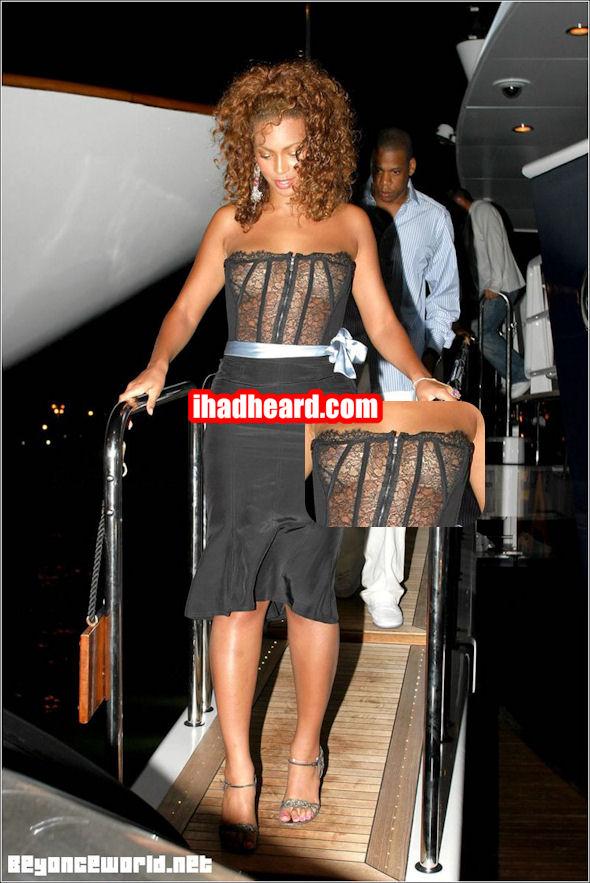 Beyonce-Nipslip-6