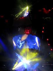 Openair - Konzert von U2 im Letzigrundstadion in Zürich , Schweiz (chrchr_75) Tags: show music u2 schweiz switzerland concert tour suisse swiss concierto concerto zürich musik stadion christoph svizzera konzert konsert 1009 360° worldtour suissa europeantour letzigrund kanton chrigu kantonzürich chrchr hurni chrchr75 chriguhurni albumkonzerte chriguhurnibluemailch hurni100911