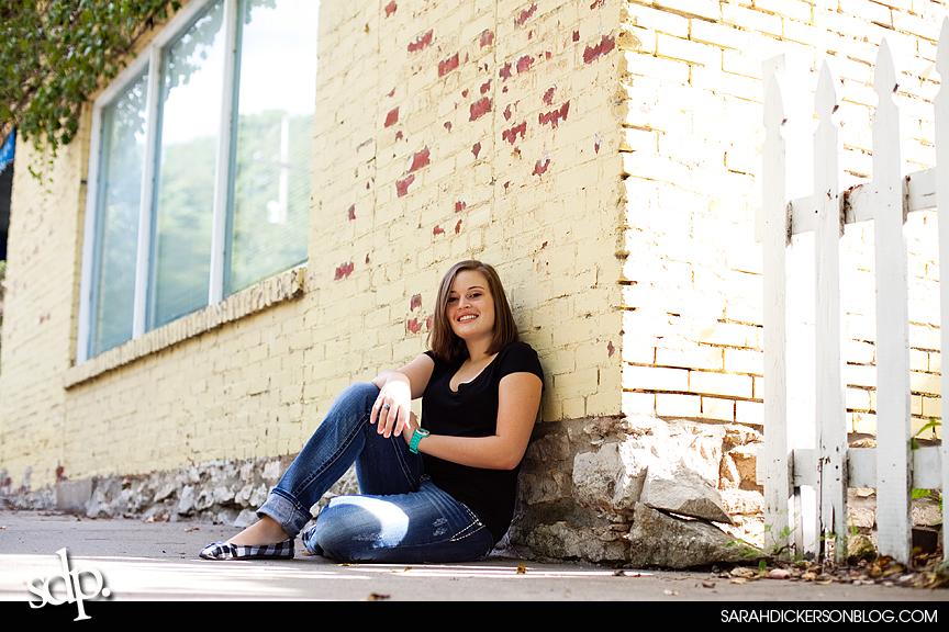 Parkville, Missouri senior portraits