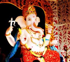 Ganesha Idol @ Mama Road, Dharampeth (Sumant Modak Photography) Tags: road festival ganesha nikon mama lord maharashtra ganpati nagpur d3000