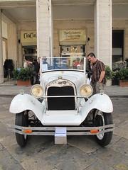 Ancora l'auto storica a Lecce. (sangiopanza2000) Tags: auto car sangiopanza mezzoditrasporto autostorica