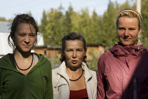 Катя, Людмила Николаевна и Анютка Пермь 2010 ©  semeonka