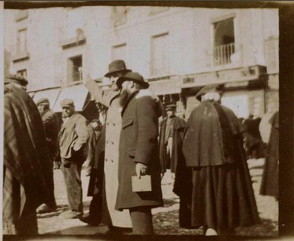 Édouard Vuillard y Ker-Xavier Roussel en la Plaza de Zocodover en febrero de 1901. Édouard Vuillard y Ker-Xavier Roussel en la Plaza de Zocodover en febrero de 1901. Fotografía del príncipe de Rumanía Emmanuel Bibesco. Museo D´Orsay.