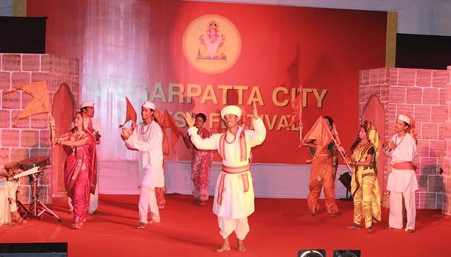 Marathi lokgeet at the Magarpatta City Ganesh Festival