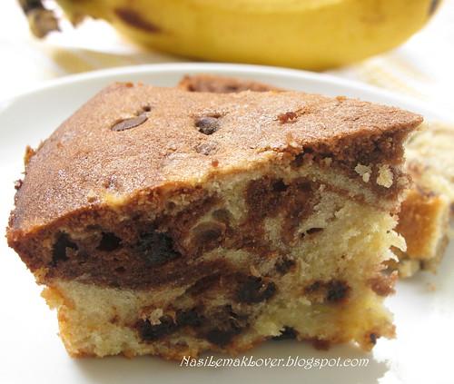 Banana Chocolate Marble Bundt Cake