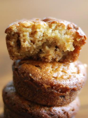 kõrvitsa-martsipanimuffinid/pumpkin muffins with marzipan
