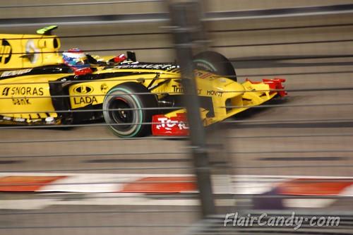 F1 Singapore Grand Prix 2010 - Day 1 (45)