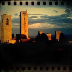 Die Geschlechtertürme in  San Gimignano im Sonnenuntergang