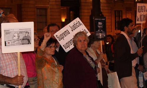 Concentración contra la impunidad del Franquismo (30/09/2010)