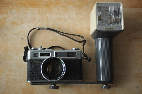 yashica electro with quick-lite flash