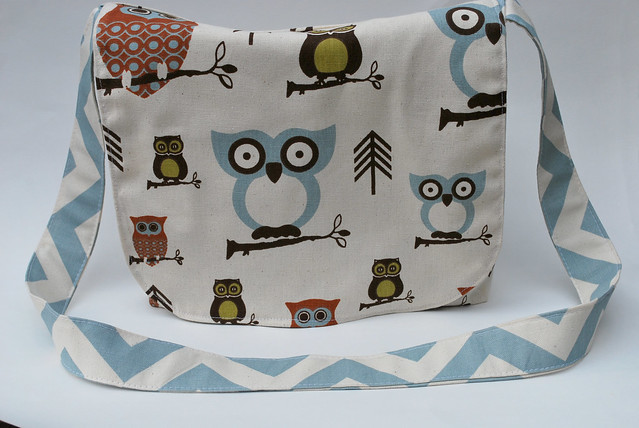 Reversible Owl Messenger Back 2