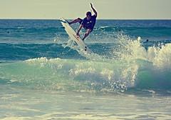 (simon|cassol) Tags: france luz saint st canon de surf jean board gap sable slide hossegor short roller pro grab vague plage 70200 septembre vacance sud houle quik planche 2010 quiksilver seignosse capbreton ouest 40d
