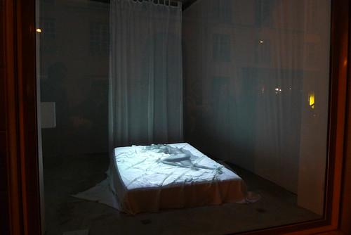 Installation de Frédérique Chauveaux à la Galerie NEC - Paris, nuit blanche, octobre 2010
