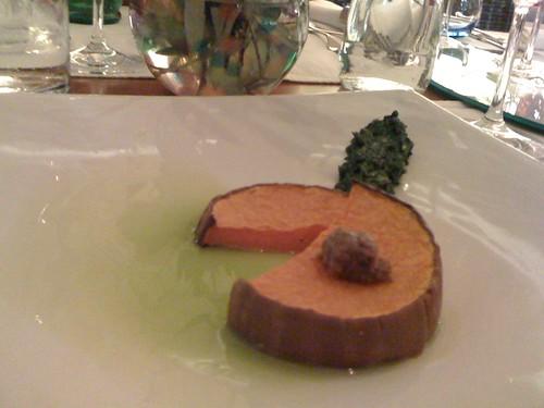 Bundeva sa paštetom od slanih sardona i cikorijom
