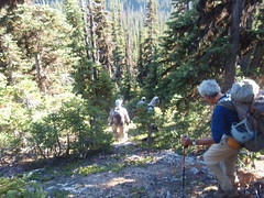 Scrambling down to the Swamp Creek valley