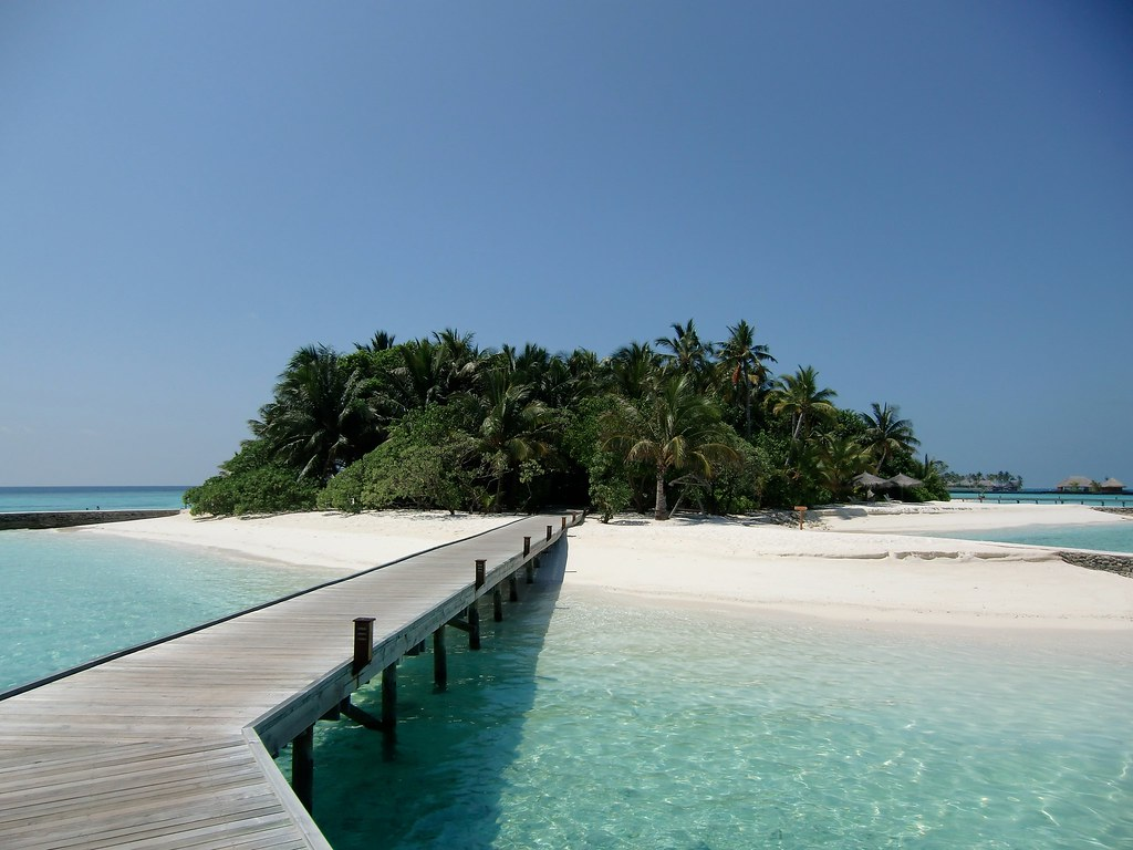Veligandu Island Resort